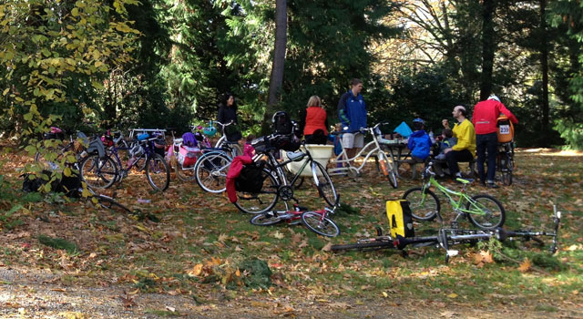 Kidical Mass in the Arboretum