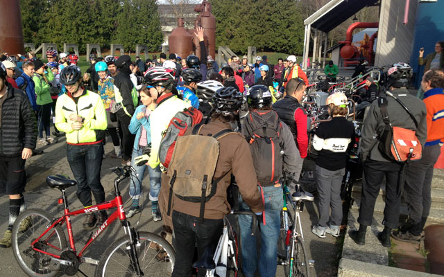 The crowd at Seattle Cranksgiving 2013