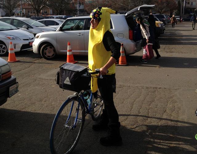 Seattle Cranksgiving banana-costumed participant