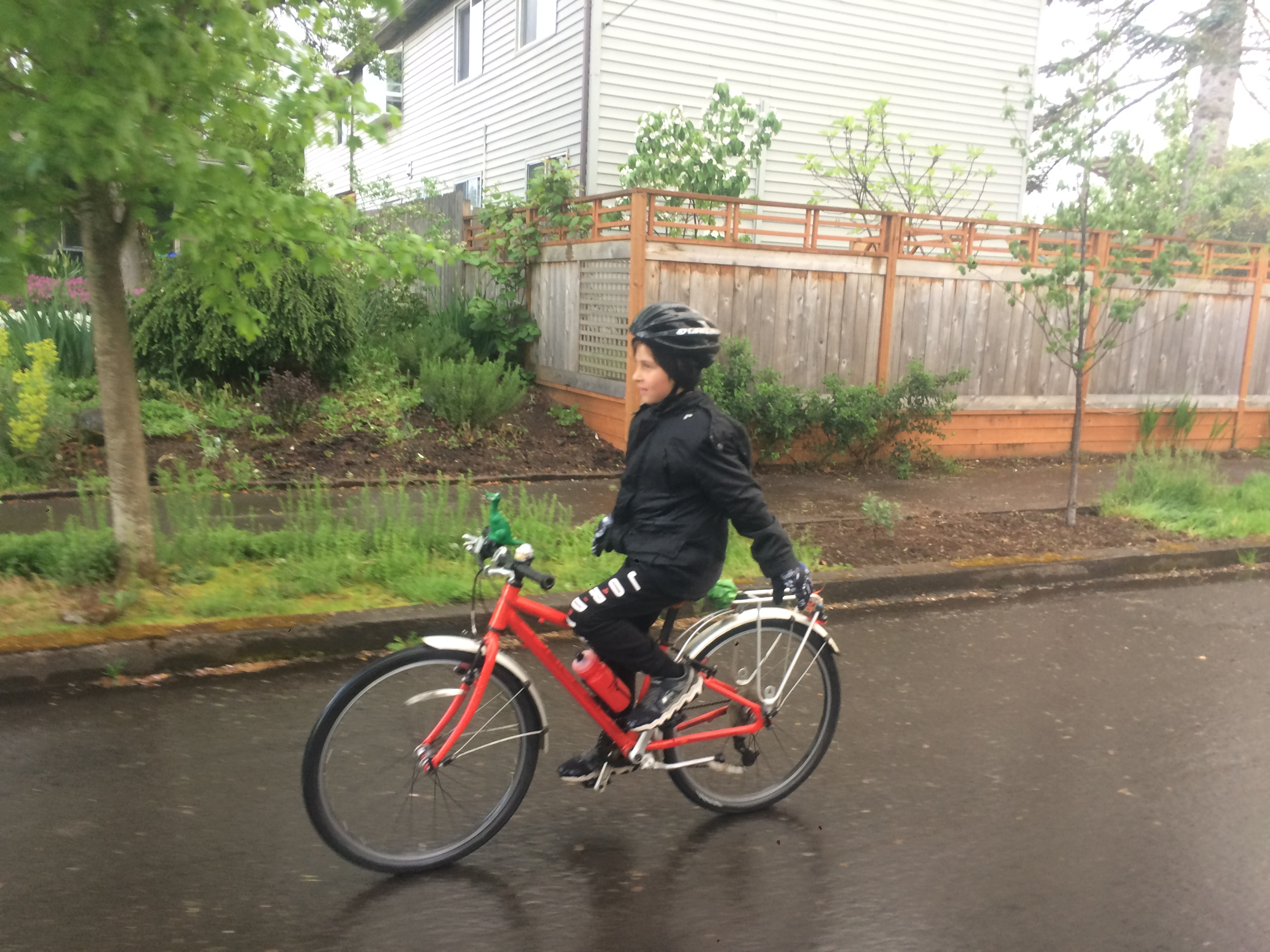 Bikes In Rain At Trader Joes >> 30 Days Of Biking Family Ride